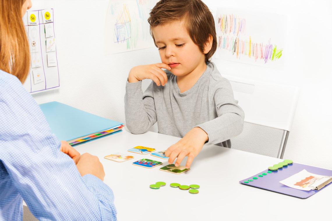 autyzm integracja sensoryczna komunikacja zastępcza
