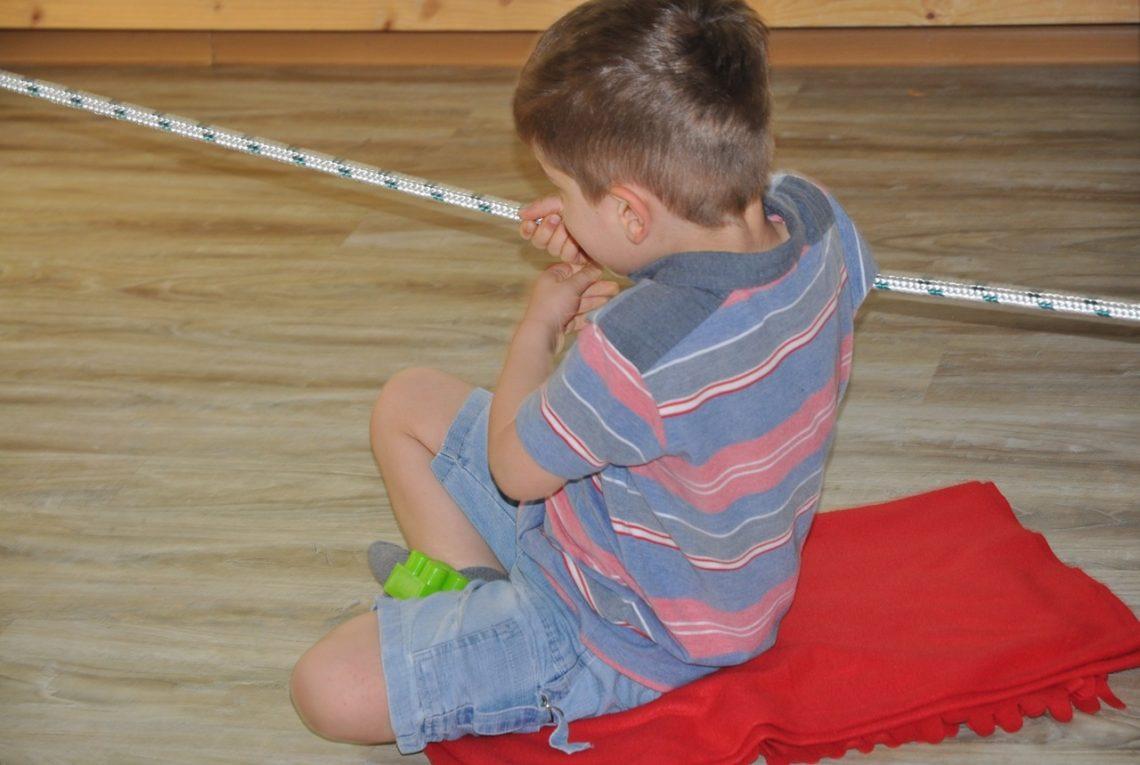 integracja sensoryczna Obniżone i podwyższone napięcie mięśniowe i jego wpływ na rozwój dzieci autyzm