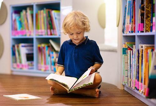 czytanie książek przez dzieci