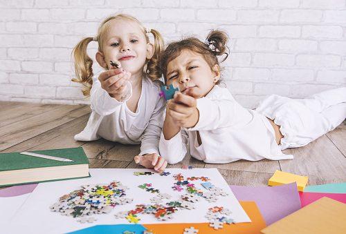 10 pomysłów na zabawy dla dzieci w domu